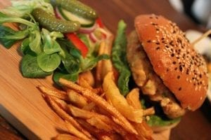 kaloriförbruka en hamburgare